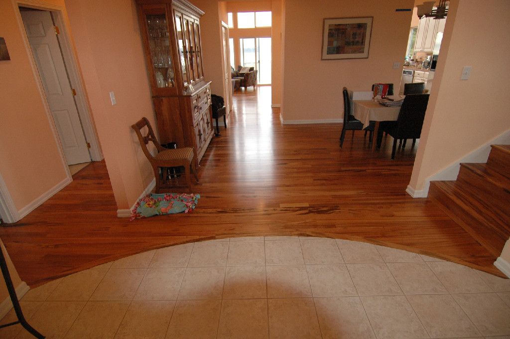 Hardwood-Floor-Refinishing-Des-Moines-WA
