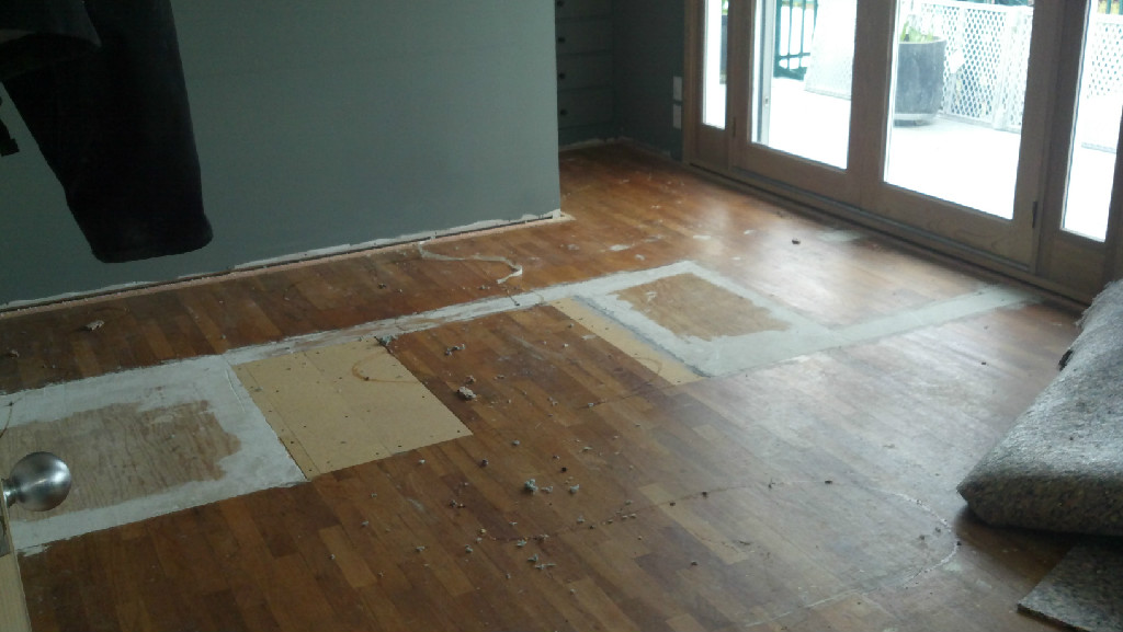Flooring shoreline wa hardwood floor refinishing for Prefinished flooring