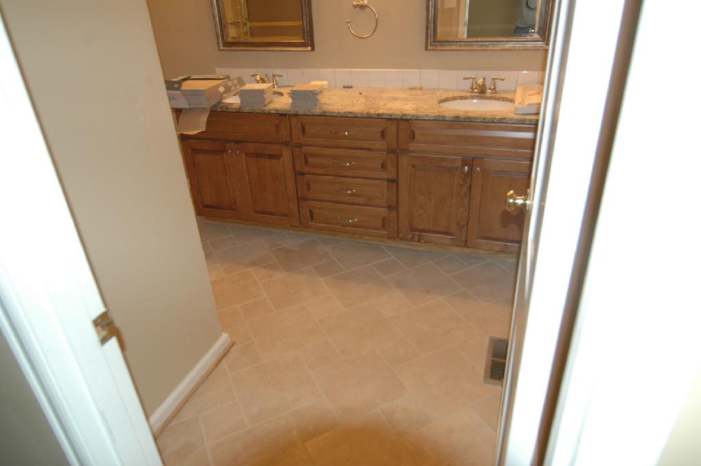 Ceramic tile flooring seattle wa ceramic tile for Hardwood floors seattle